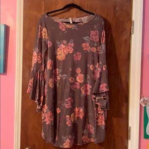 Soft bell sleeve Dress